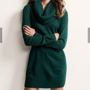 H&M Cowl Neck Sweater Comfy Dress in Hunter Green